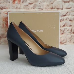 New Michael Kors Susan Leather Pumps